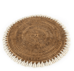 The Colonial placemat with cowrie shells