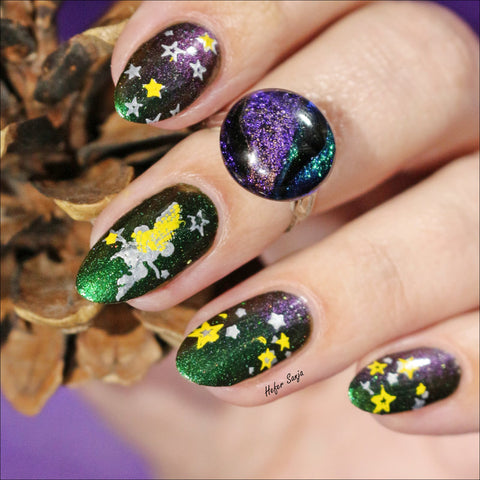 @hefersanja nail art using Hit the Bottle stamping polish and Moyra nail stamping plates.