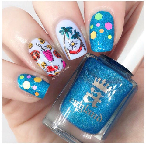 @polishedbyleanne nail art using AEngland Puck a Fairy.