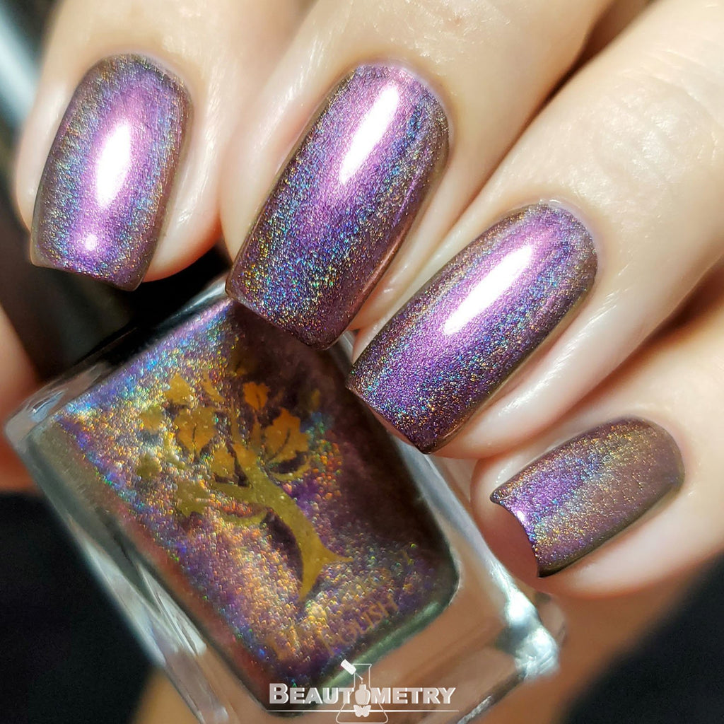 purple multichrome holographic nail polish
