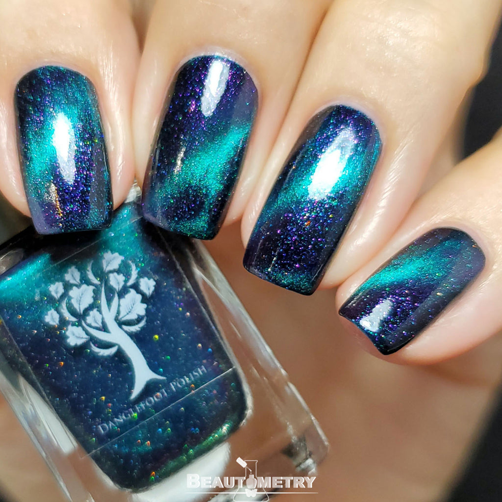 danglefoot magnetic blue nail polish
