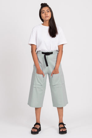 Orbit-Green Long Shorts with Cargo Pockets - BISKIT