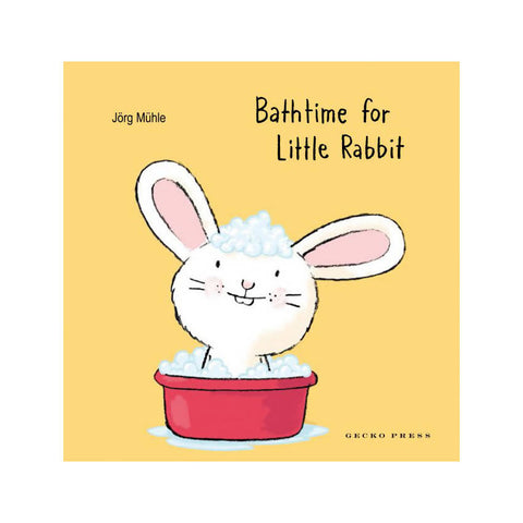Bathtime for Little Rabbit - Jörg Mϋhle