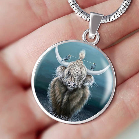 Cattle Highland Cow 02 - Circle Shaped Necklace | Special Custom Design