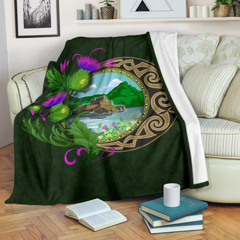 Image of Scotland Premium Blanket - Edinburgh Thistle Green | Love Scotland