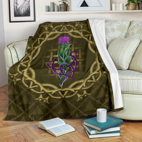 Image of Scotland Premium Blanket - Thistle Celtic Knot Circle Frame | Love Scotland