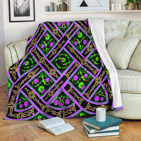 Celtic Thistle Premium Blanket | Love Scotland