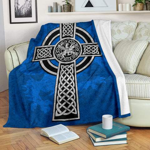 Image of Celtic Cross Lion - Scottish Blue Premium Blanket | Love Scotland