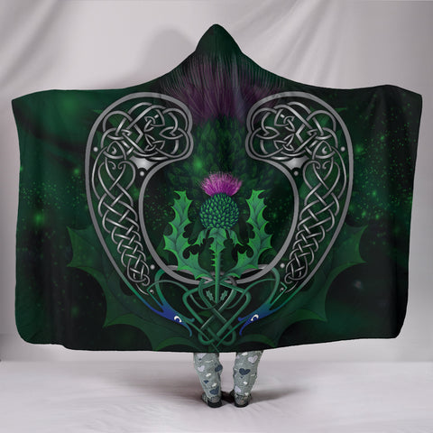Image of Scotland Hooded Blanket - Celtic Thistle Green | Love Scotland