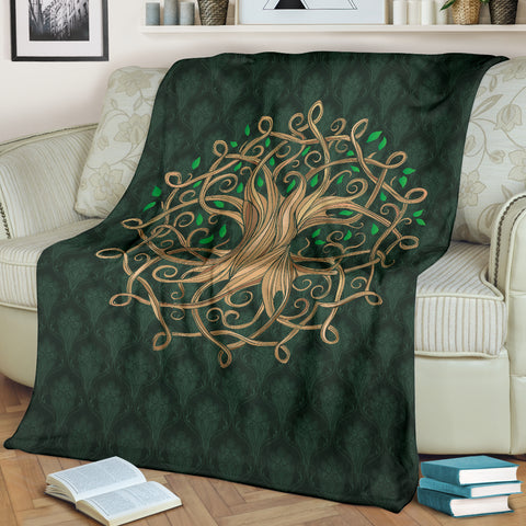Celtic Tree Green Premium Blanket | Love Scotland