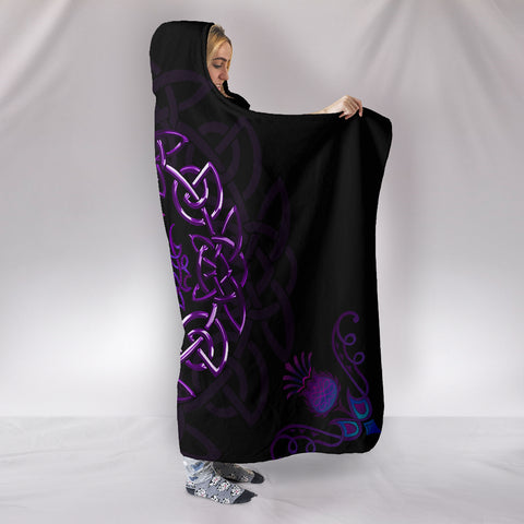 Scotland Hooded Blanket - Purple Thistle Celtic