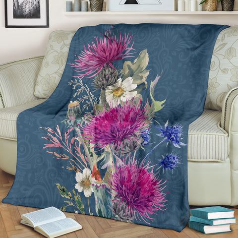 Love Scotland | Thistle Rising Premium Blanket