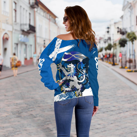 Scottish Rampant Lion Holding The Flag Off Shoulder Sweater