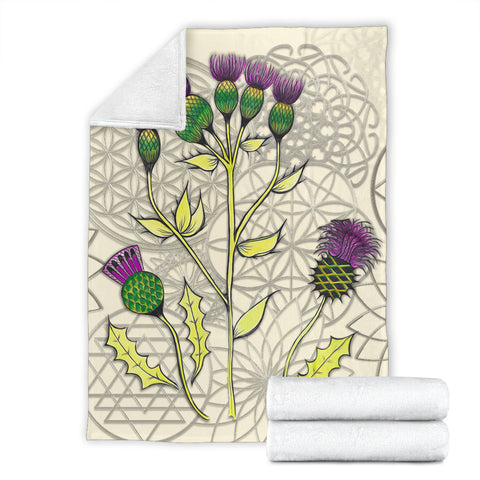 Image of Thistle Lace Beige Premium Blanket | Love Scotland