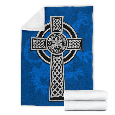 Celtic Cross Lion - Scottish Blue Premium Blanket | Love Scotland