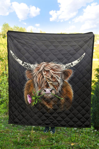 Image of Scotland Quilt, Thistle Highland Cow Premium Quilt A02