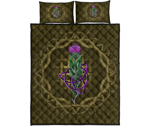 Image of Scotland Quilt Bed Set - Thistle Celtic Knot Circle Frame | Love Scotland