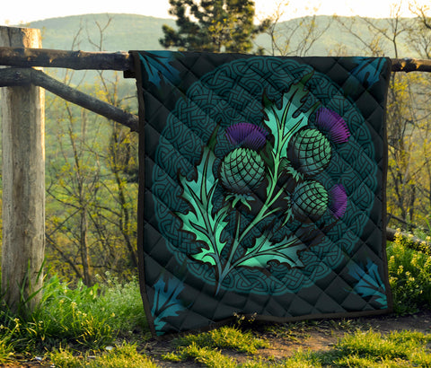 Beautiful Thistle and Celtic - Scotland Premium Quilt | Love Scotland