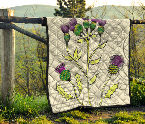 Image of Scottish Thistle Premium Quilt