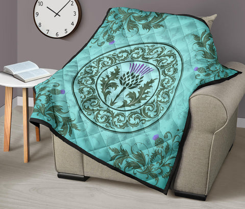 Image of Green Thistle Premium Quilt