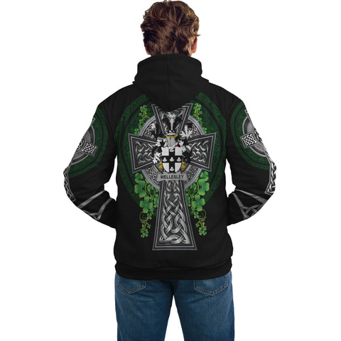 Image of Irish Celtic Hoodie, Wellesley Family Crest Shamrock Pullover Hoodie Golden Style A7