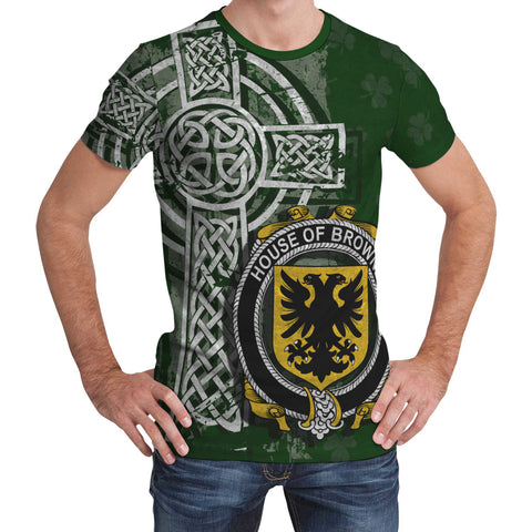 Irish Family, Browne Family Crest Unisex T-Shirt | 1st Ireland