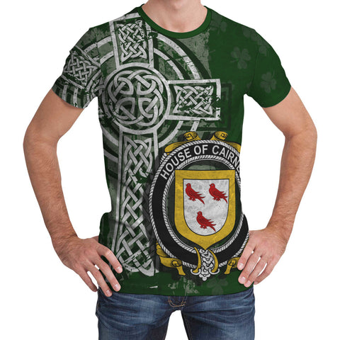 Irish Family, Cairnes Family Crest Unisex T-Shirt | 1st Ireland
