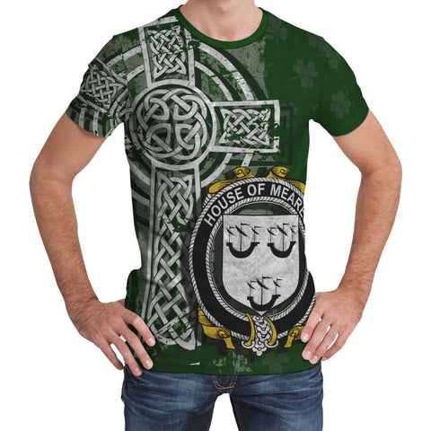 Image of Irish Family, Meares Family Crest Unisex T-Shirt | 1st Ireland