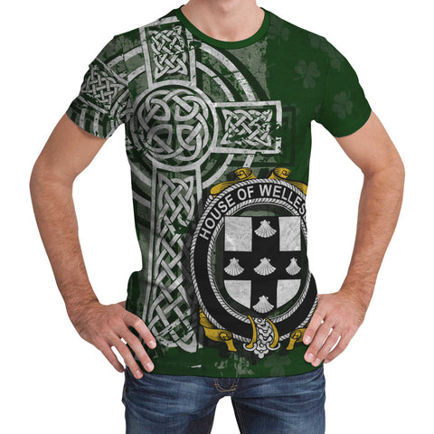 Irish Family, Wellesley Family Crest Unisex T-Shirt | 1st Ireland