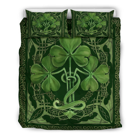Image of Glorious Shamrock Bedding Set™ TH7