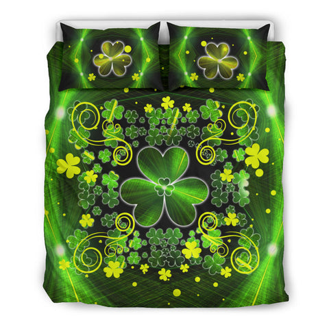 Irish Shamrock Abstract Bedding Set with Light Green color - Queen size