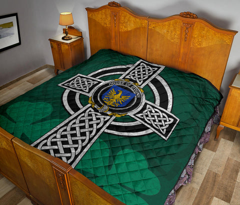 Irish Quilt, Dunn or O'Dunn Family Crest Premium Quilt TH47