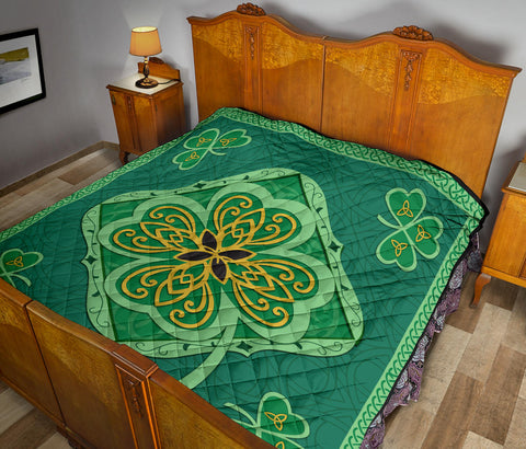 Irish Shamrock Quilt 7