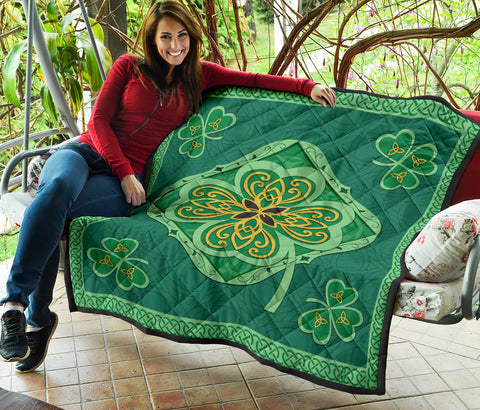 Irish Shamrock Quilt 4