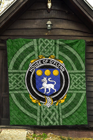 Image of Irish Quilt, Flynn or O'Flynn Family Crest Shamrock Premium Quilt