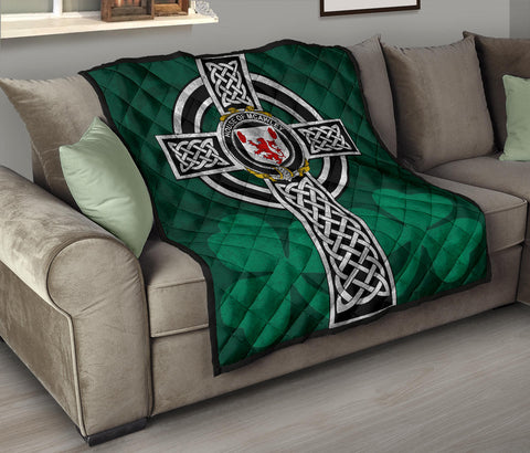 Irish Quilt, McAwley or McCawley Family Crest Premium Quilt TH47