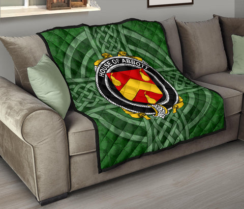 Image of Irish Quilt, Abbott Family Crest Shamrock Premium Quilt