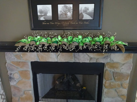 Image of (USA only) St Patricks Day Decoration, Saint Patricks Garland, Green Clover Garland, St Patricks Swag, Mantle Decoration, Spring Decoration TH7