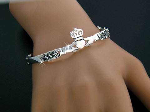Image of Claddagh Bangle Bracelet, Irish Claddaugh bracelet, Celtic bangle, Irish Jewelry, Celtic Jewelry, Claddagh Jewelry, Bangle TH7