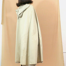 Load image into Gallery viewer, Vintage Cape Coat