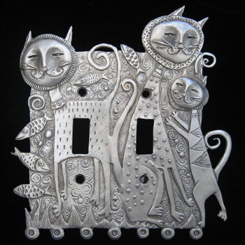 Leandra Drumm Cat Family Switchplate