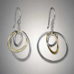 Peter James Tiny Triple Circles Earrings