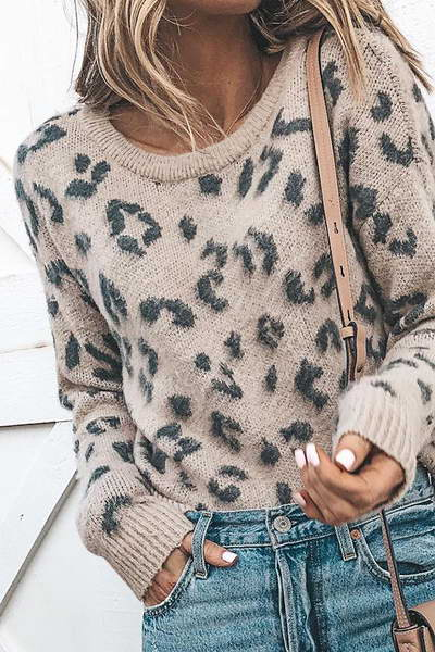 long-sleeve-crew-neck-regular-cozy-animal-print-sweater