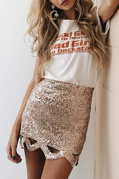gold-zig-zag-cut-out-hem-slim-fit-short-luxe-sequined-mini-skirt