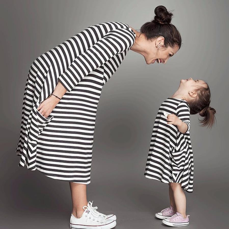 New Robe Fille Enfant Daughter Princess Black Striped Dress Casual Family Clothes Girls Long Dresses Baby Costume Clothing