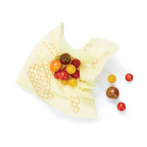 One medium reusable beeswax food wrap with tomatoes