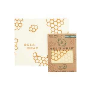 One small reusable beeswax food wrap