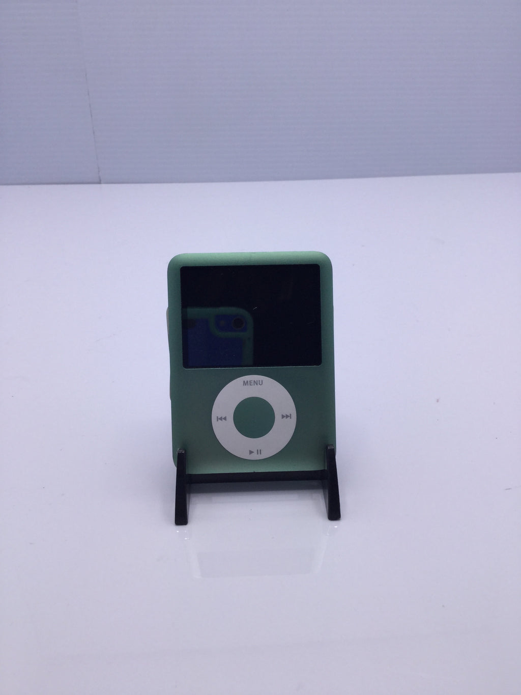 Apple iPod Gen 3 8 GB