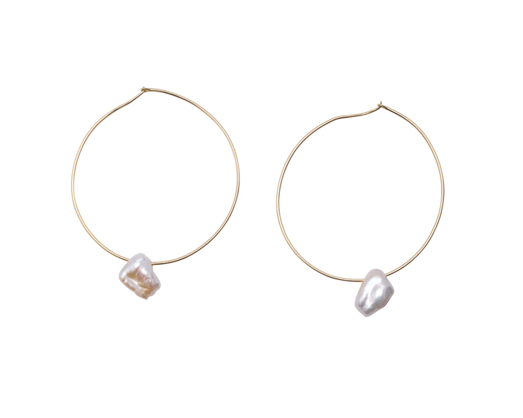 LUCENT EARRING
