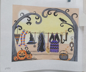 2902 Witch Clothes on a Clothesline